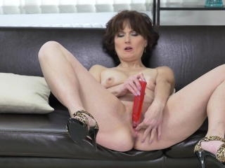 Euro milf Alice Sharp factory her cunt not far from a dildo