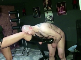 Two German Dominas in Femdom Fuck in the matter of her Slave in Dom