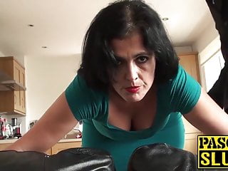 Mature Montse Swinger enjoys getting drilled rudely