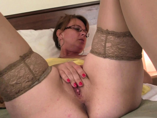 Old busty nourisher in pantyhoses provide full of cock from behind