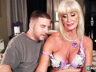 Blonde Granny gets fucked to one's liking