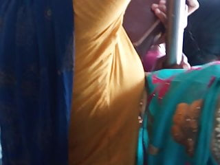 Tamil married chudi aunty hot view prevalent bus