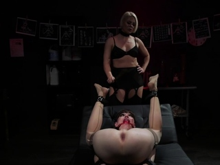 Blonde MILF pegging leap shemale