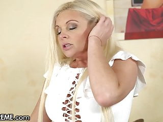 Hot Young GILF Entertains The Boy Next Way in With Their way Pussy